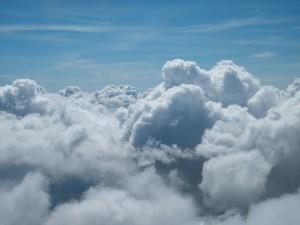 Las nubes en dirección a Plovdiv/London. J.M