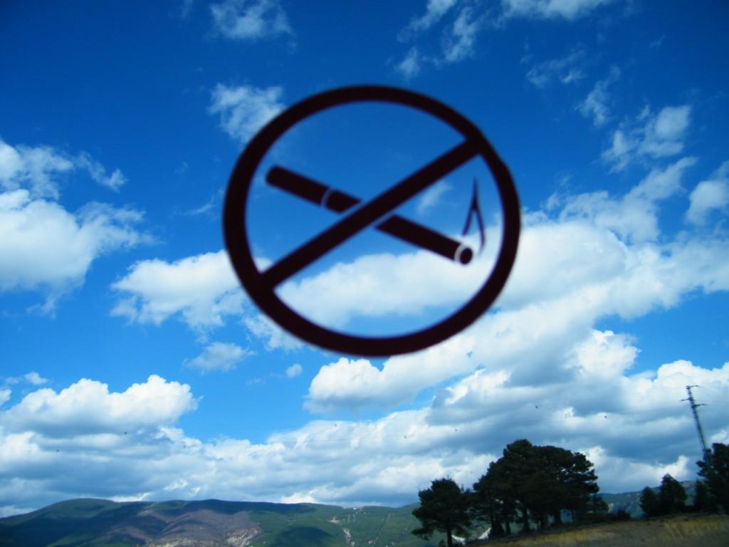 ¡Queremos el cielo despejado! / Huesca. J.M