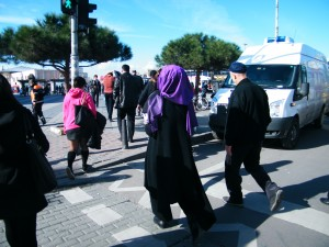 diferentes mujeres en Estambul