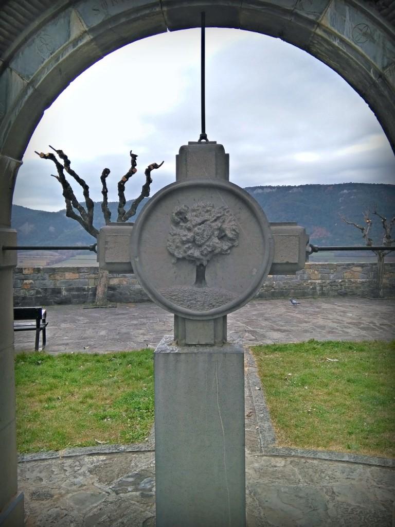 el árbol como símbolo en Huesca