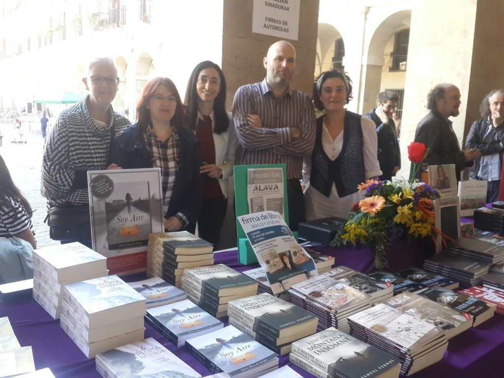 Colores Prohibidos en la Feria del Libro de Vitoria