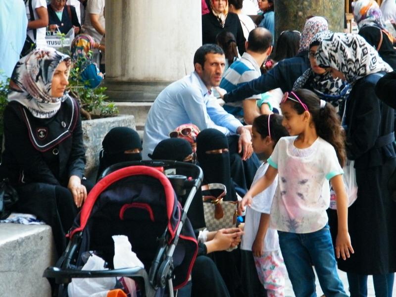 Turistas de Arabia Saudí en Estambul